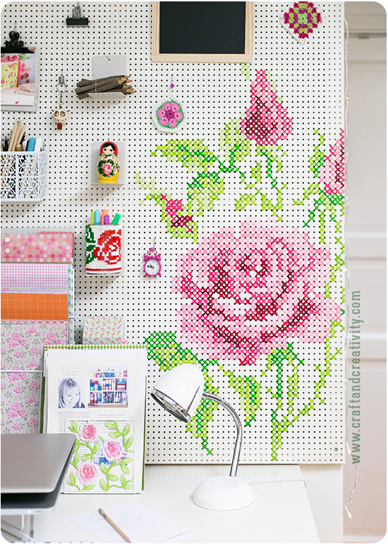 craftandcreativity_painted_cross-stitch_pegboard_01