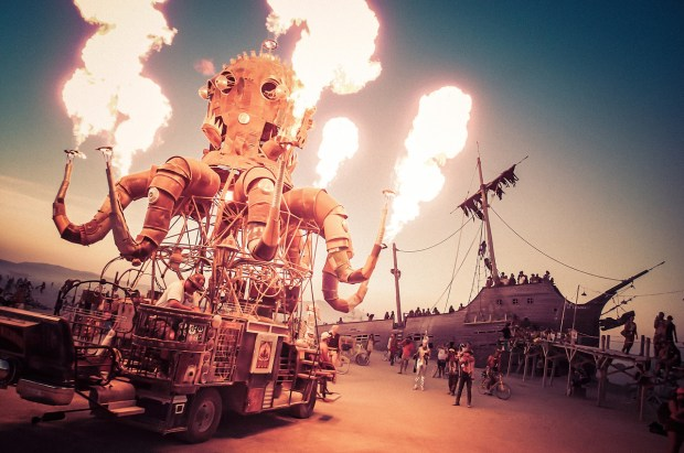 Trey Ratcliff - Burning Man 2012 (269 of 441)-X2