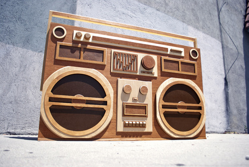 wooden-boombox-1