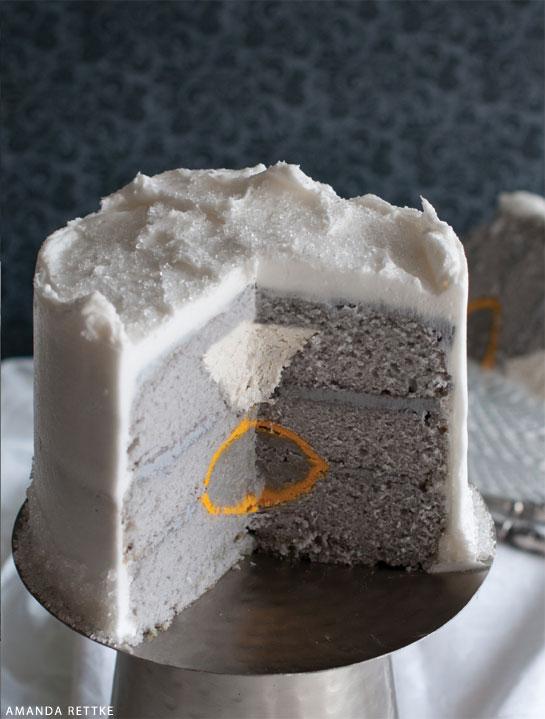 thecakeblog_ring_suprise_inside_cake_01