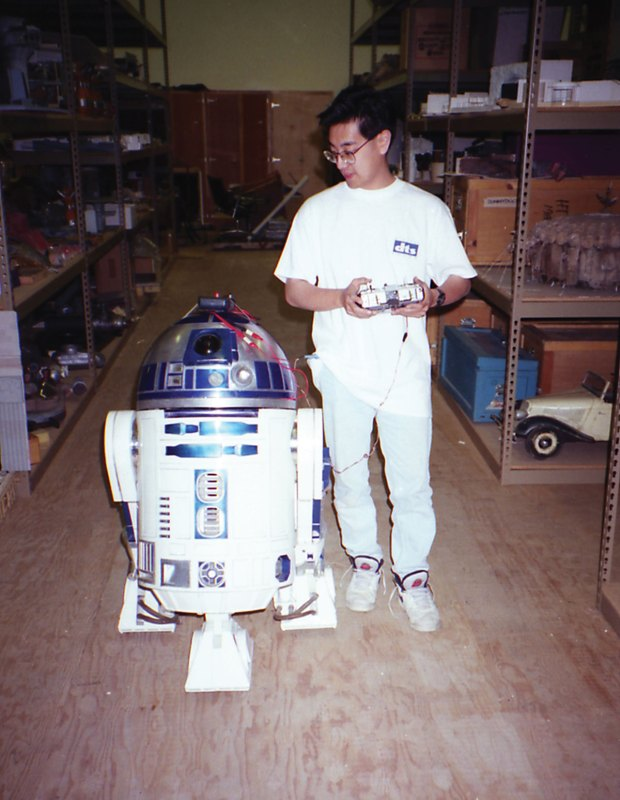 grant-with-r2-hi-res