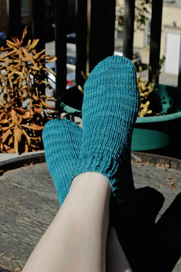 handsoccupied_shorty_socks_01