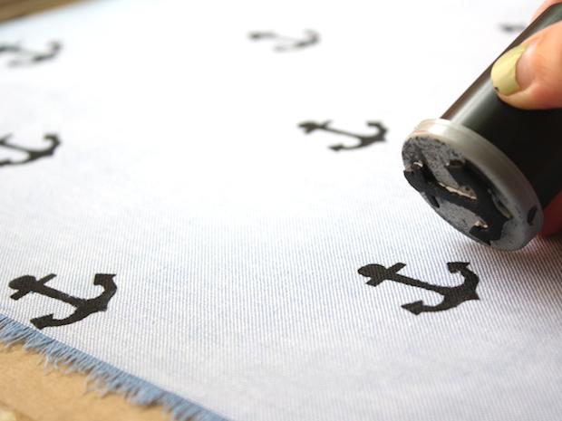 papernstitch_hand-stamped_hankie_02