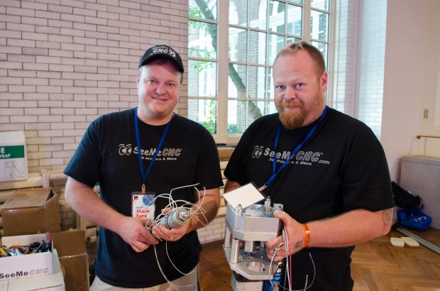 Steve and John with the hot end and extruder.