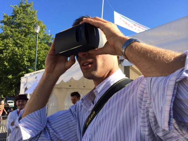 "The ""Google Cardboard""-type viewer in action"