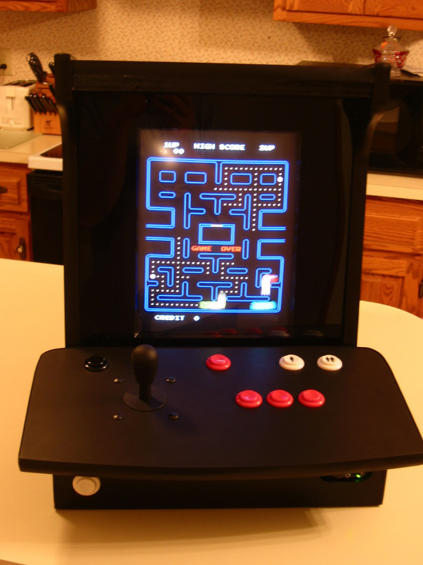 Mike Trello's BarCade uses old tech to play retro games