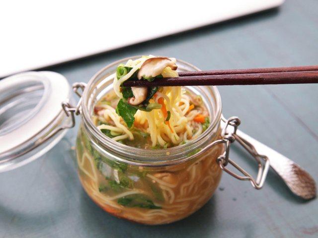 diy-instant-noodle-cups-2