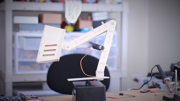 Tinkernut's Motion Controlled Ultrasonic Lamp takes uses sound to detect motion
