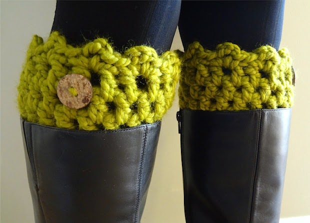 fiberflux_crocheted_boot_cuffs_01