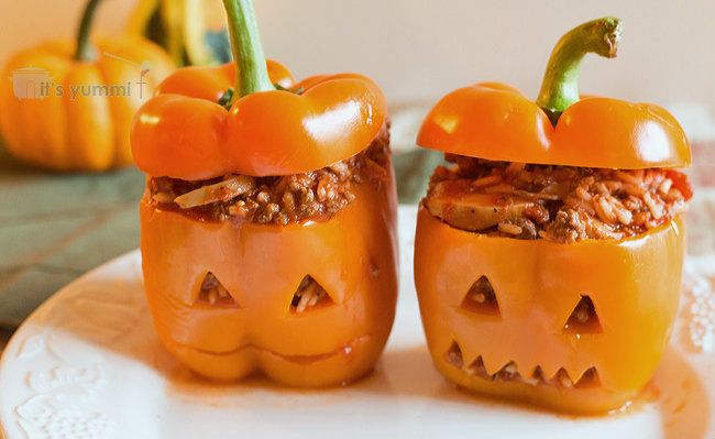 Jack-O-Lantern-Stuffed-Peppers-1