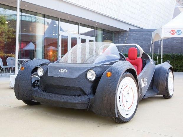 The-Strati-3D-printed-car