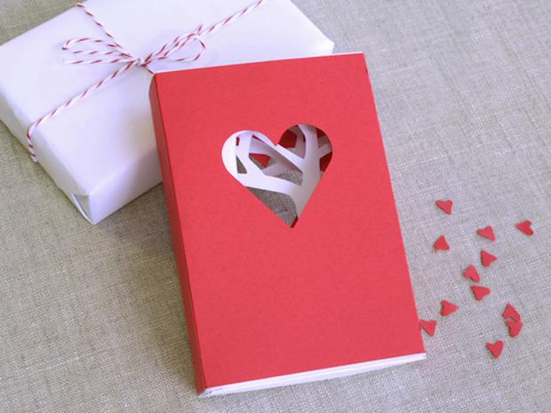 CRAFT_valentines_day_matchbook_card_main