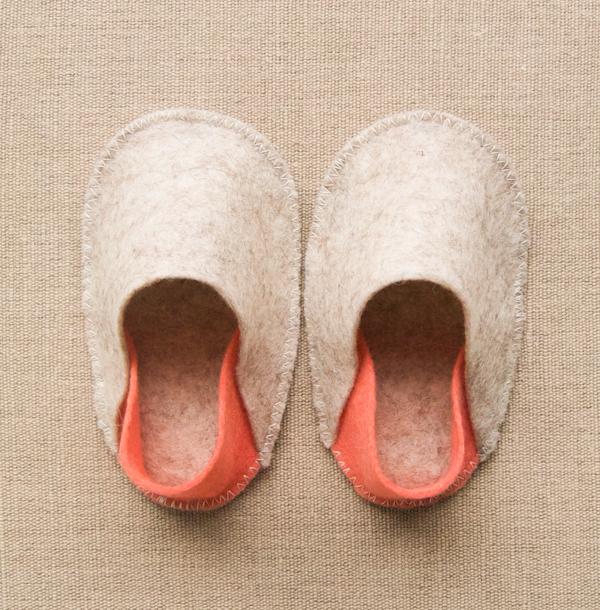 purlbee_felt_baby_slippers_02