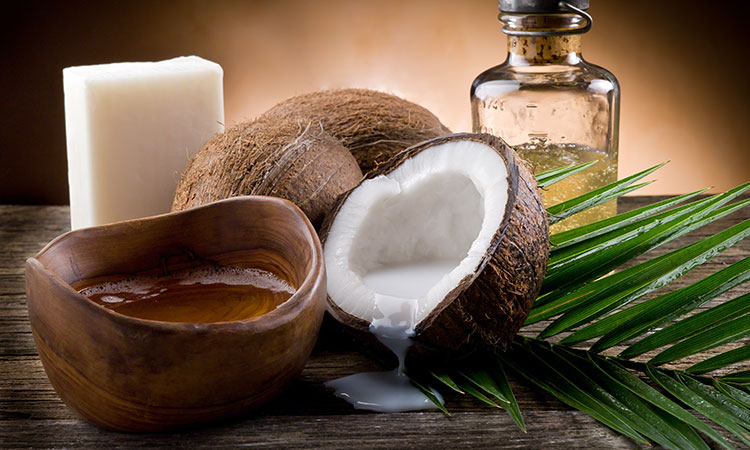 Tropical Topical: The Many Benefits of Coconut Oil for Massage