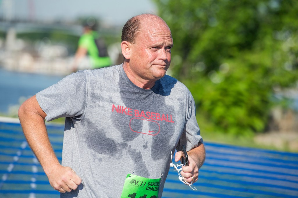 UNITED STATES - MAY 17: Rep. Tom Reed, R-N.Y., runs in the ACLI Capital Challenge 3 Mile Team Race in Anacostia Park, May 17, 2017. (Photo By Tom Williams/CQ Roll Call)