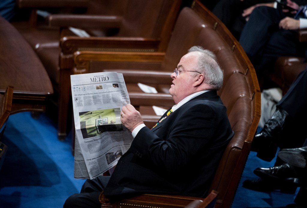 UNITED STATES - JANUARY 30: Rep. Billy Long, R-Mo., reads the Washington Post before the start of President Donald Trump's State of the Union Address to the joint session of Congress in the Capitol on Tuesday, Jan. 30, 2018. (Photo By Bill Clark/CQ Roll Call)