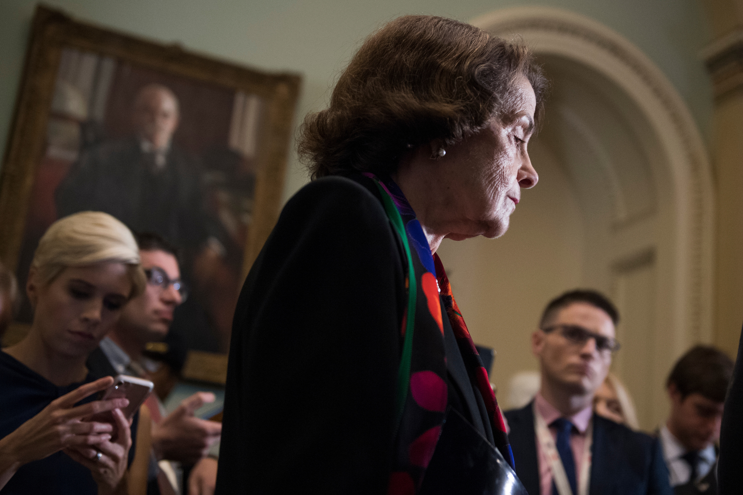 california man charged with threatening to kill sen dianne feinstein roll call https www rollcall com 2018 10 12 california man charged with threatening to kill sen dianne feinstein