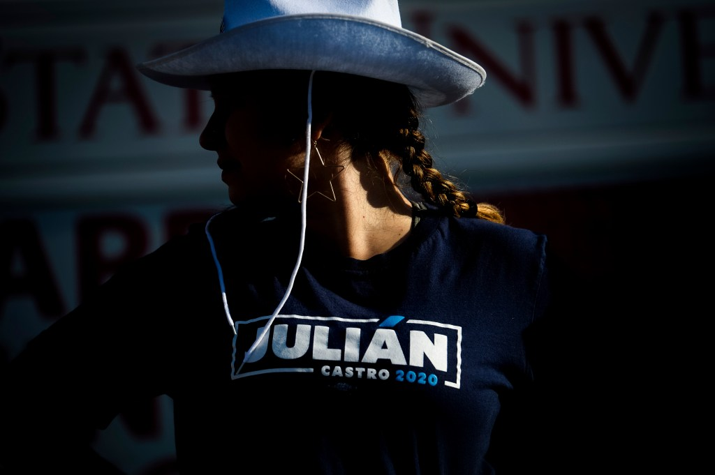 UNITED STATES - AUGUST 9: A fairgoer waits for Democratic presidential candidate and former Housing Secretary Julian Castro to speak at the Iowa State Fair on Friday August 9, 2019. (Photo by Caroline Brehman/CQ Roll Call)