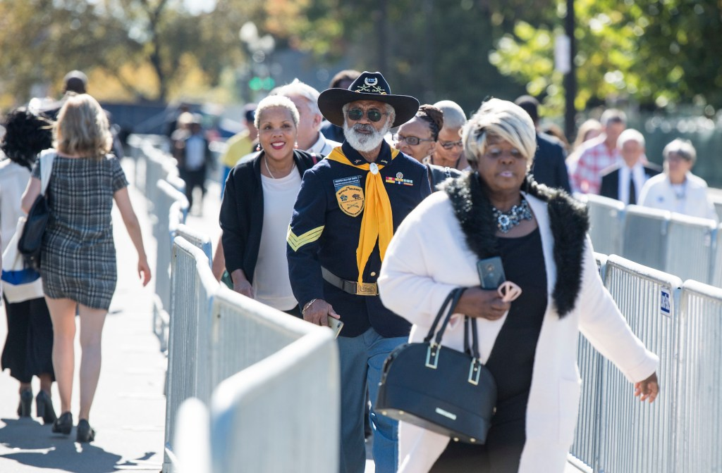 UNITED STATES - OCTOBER 24: Members of the public wind through a maze of barricade on their way to the public viewing of Rep. Elijah Cummings, D-Md., in the U.S. Capitol in Washington, on Thursday, Oct. 24, 2019. (Photo By Bill Clark/CQ Roll Call)