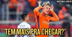After speaking about the club live, Roger Guedes is back to cheer Corinthians fans;  watch the video