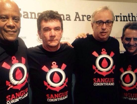 Presidente do Corinthians se irrita com declarações de diretores durante  lives