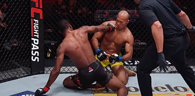 Kevin Holland KOs Jacare Souza at UFC 256