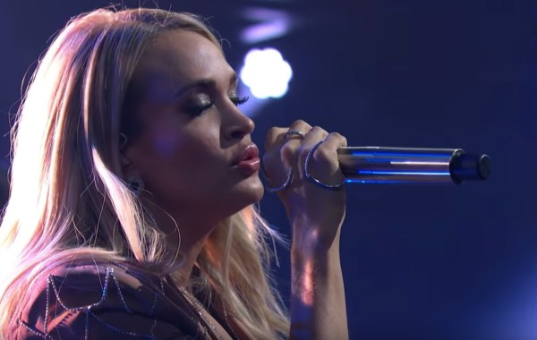 """Watch Carrie Underwood Rock Late Night with """"Low"""" [Video]"""