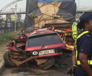 , Gory accident leaves 8 dead, 5 injured