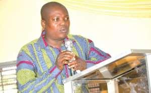 Professor Gatsi Wants Proper Education To Boost Confidence In Ghanaian Banks