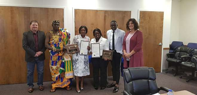 928201824439 h40o2s6eey ohemaa mercy receives key to city of cincinnati in americadce5344656b146b2a63cd73418ac69e9