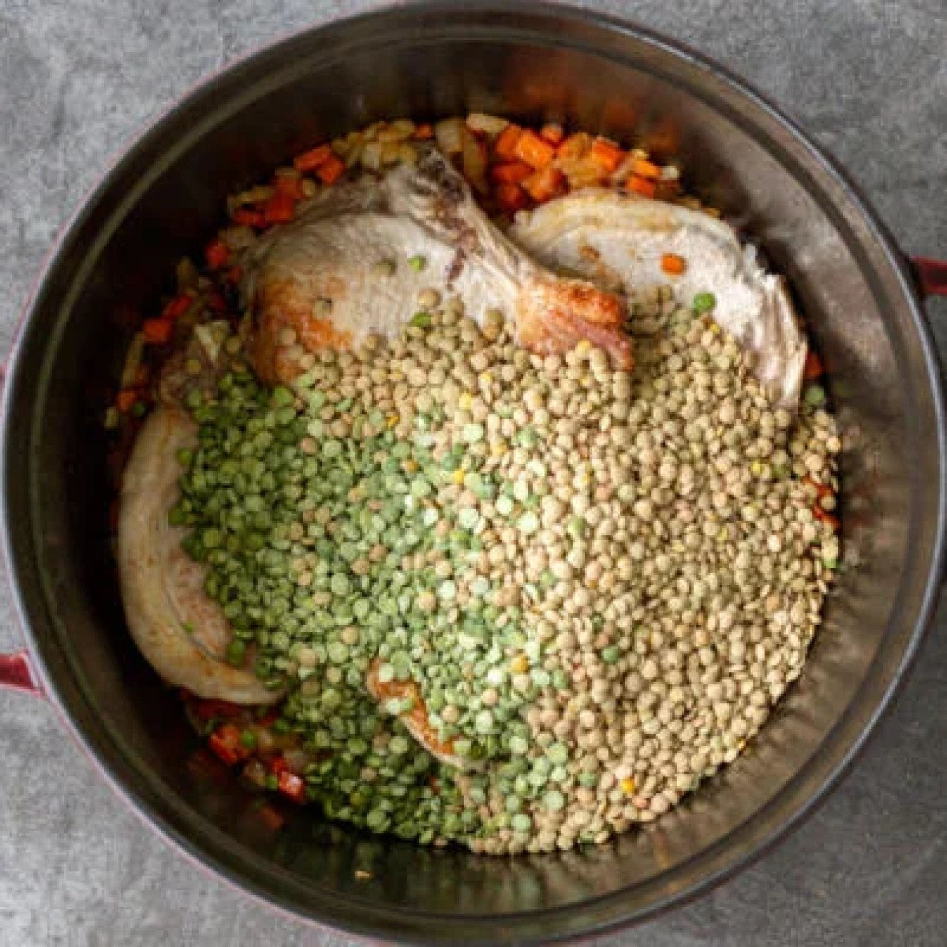 Lentils and slipt peas in a pot