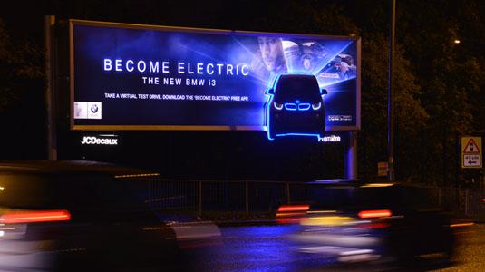 3e49db3cd0db399f799ce83ab50481c6 40 traffic-stopping examples of billboard advertising Random