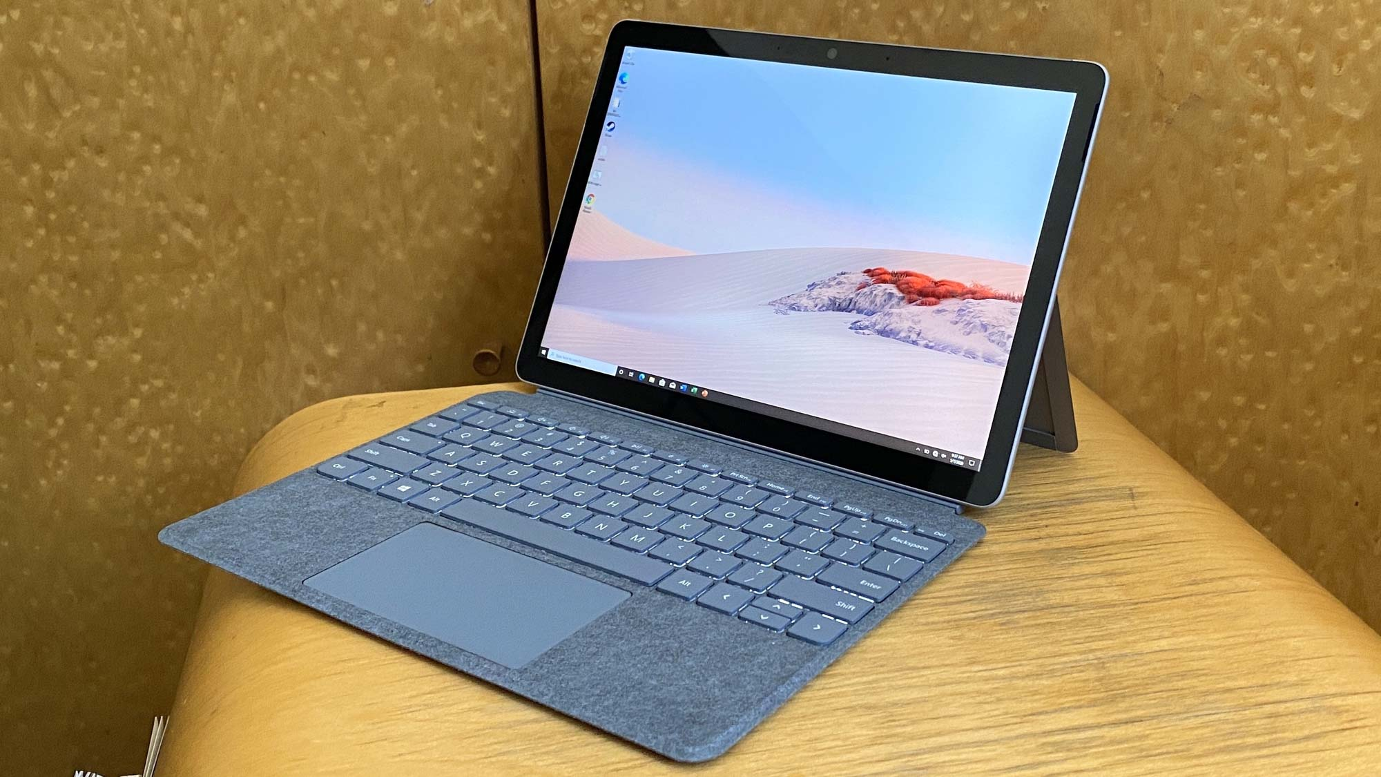 Best 2-in-1 laptops: microsoft surface go 2