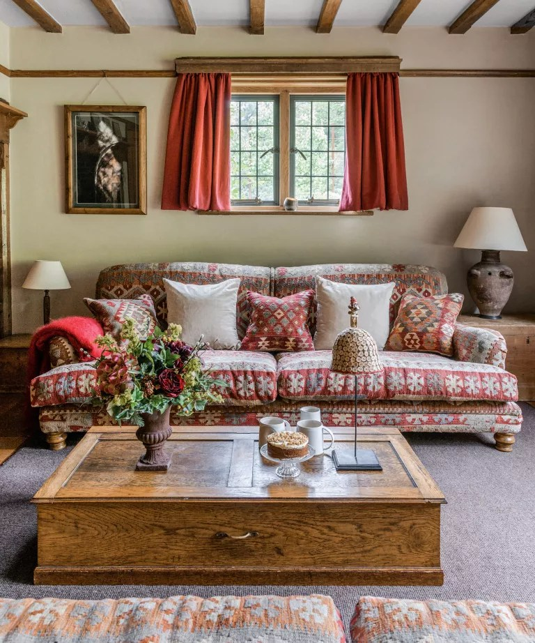 Living room fall decor with upholstered furniture