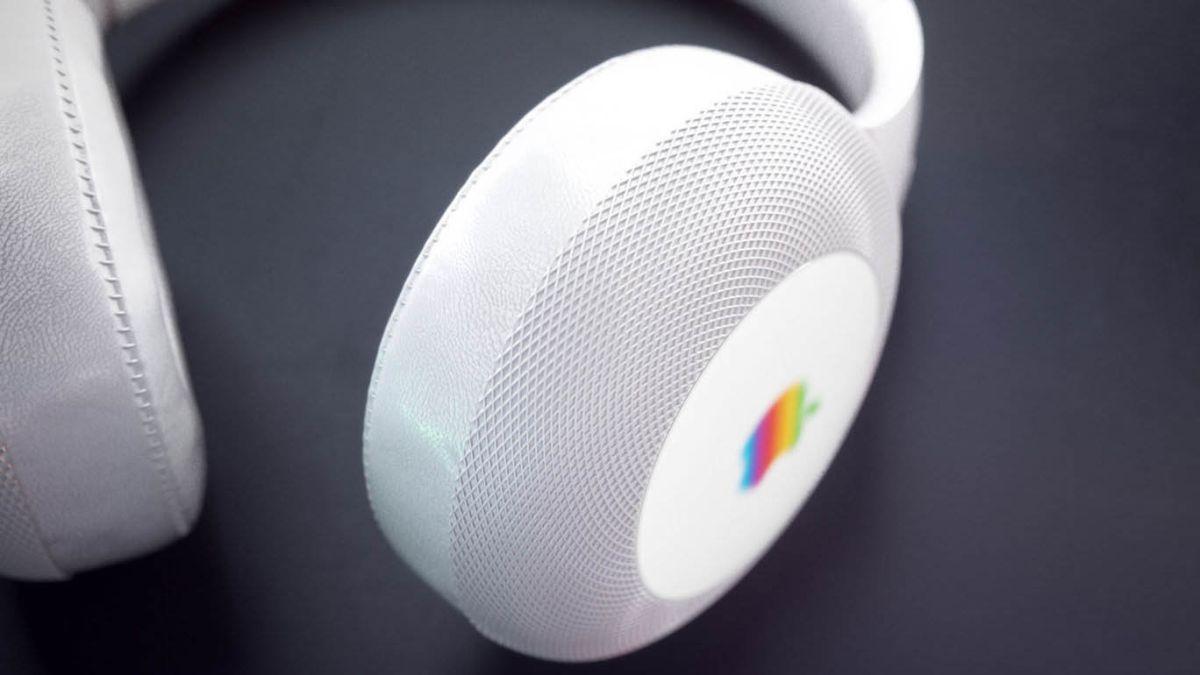نتيجة بحث الصور عن apple over ear headphones