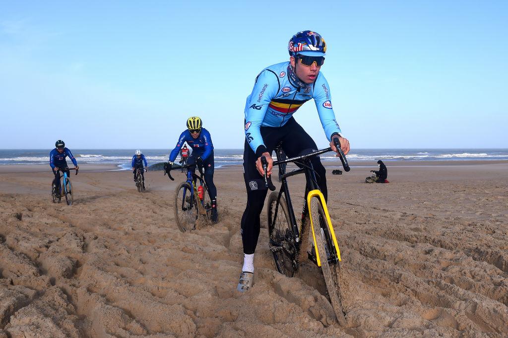 https www cyclingnews com news wout van aert confident before cyclo cross worlds showdown with van der poel