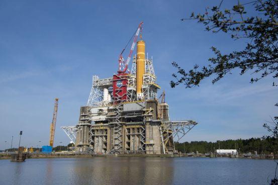 "NASA's ""hot fire"" SLS megarocket test postponed after early shutdown in fuel boost attempt"