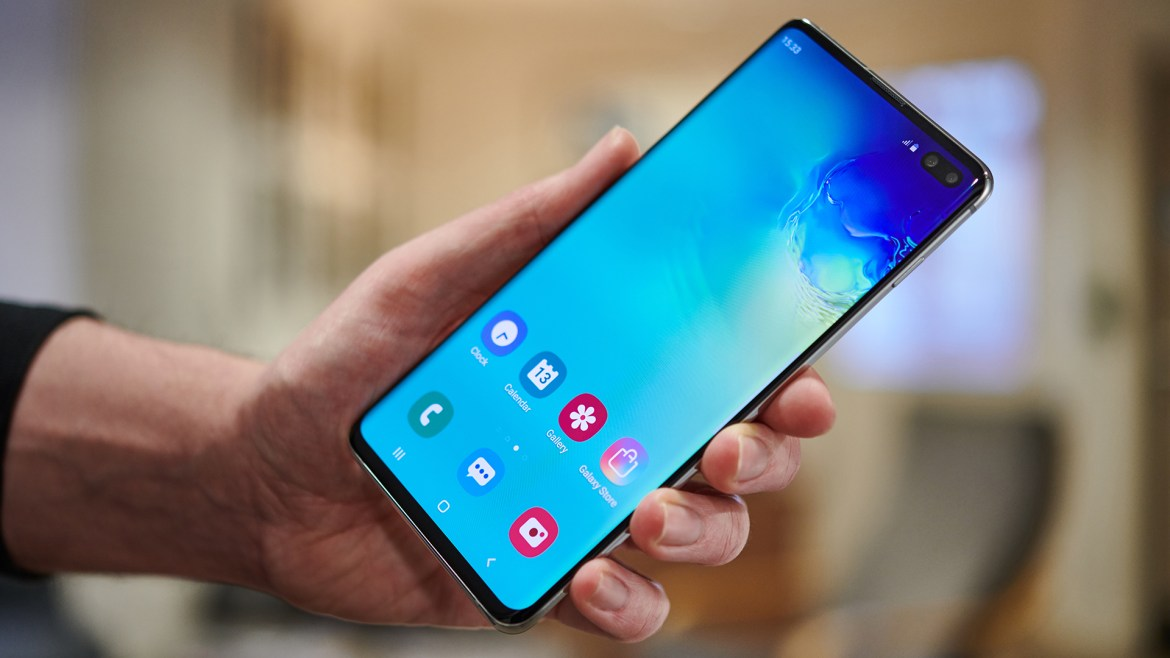 Samsung lowers prices of Galaxy S10 series ahead of Huawei P30 launch 1