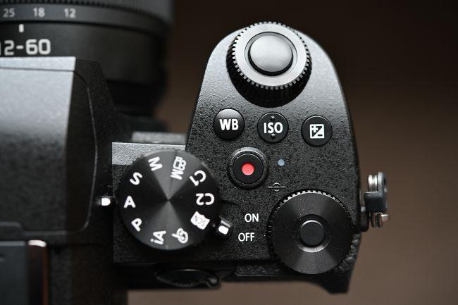 إستعراض كاميرا Panasonic G95 / G90 الجديدة 8