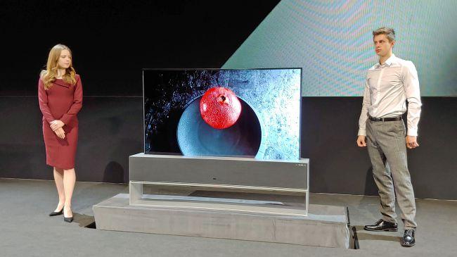 LG Signature Series OLED R