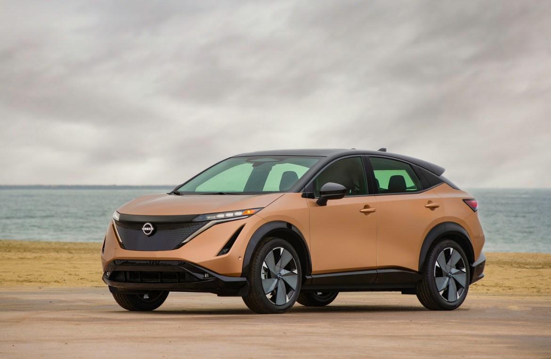 Nissan Ariya 2022 electric SUV — front