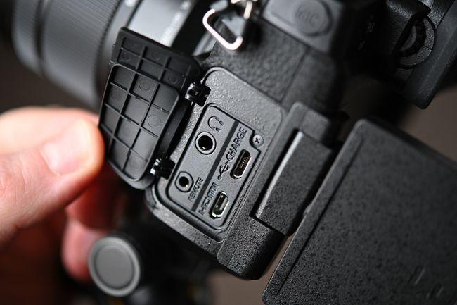 إستعراض كاميرا Panasonic G95 / G90 الجديدة 10