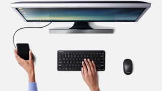 The previous version of Samsung DeX in action.