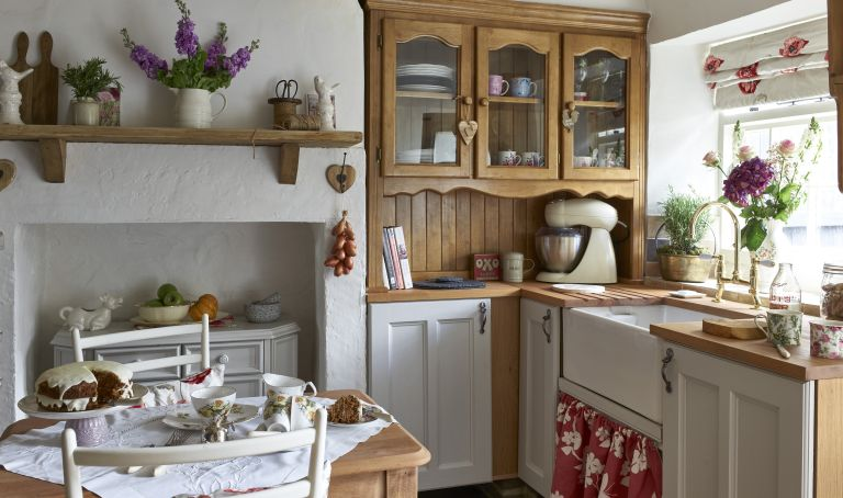 How To Design A Vintage Kitchen Real Homes