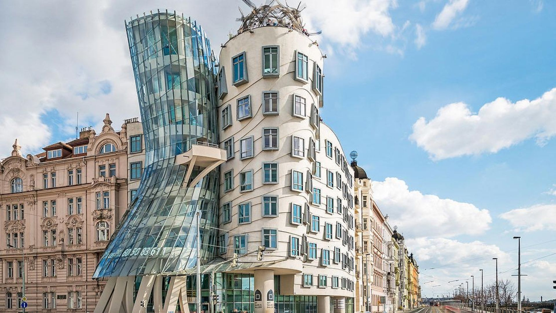 32 world-famous buildings to inspire you
