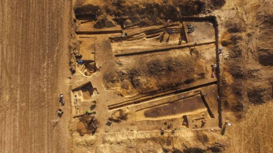 A spacious 5,000-year-old cemetery and fortress discovered in Poland