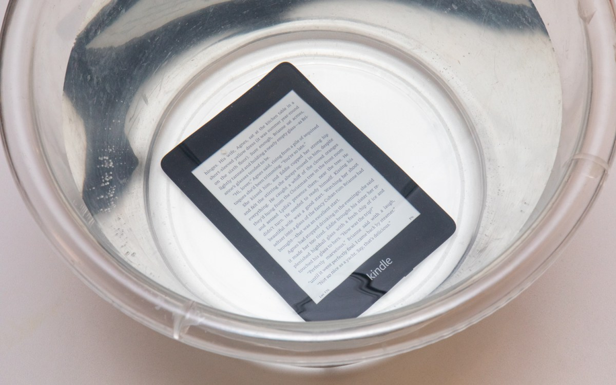 Amazon Kindle Paperwhite (2018) review: in the dunk tank