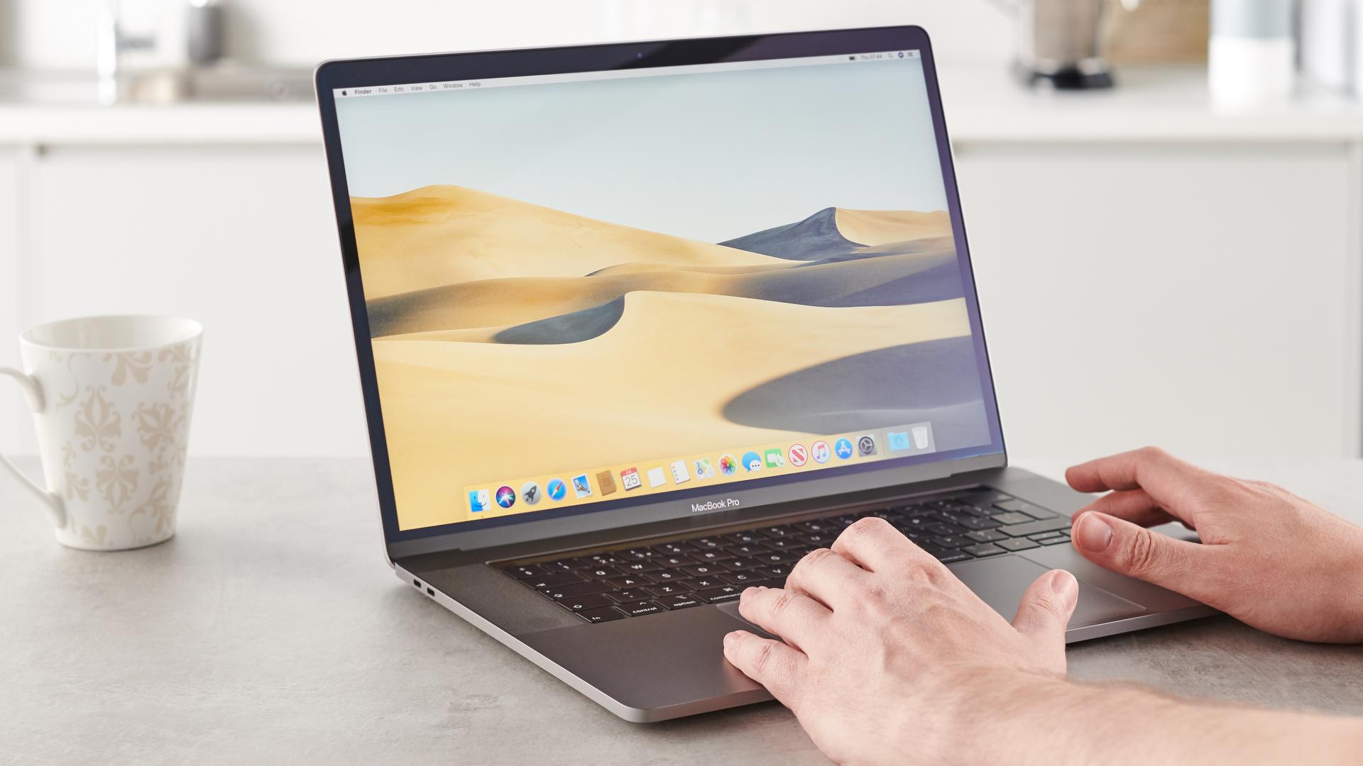 MacBook Pro (15 pollici, 2019)
