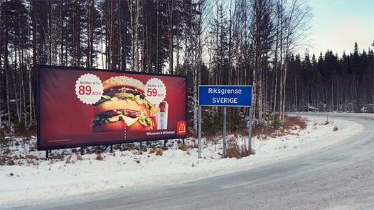 f389386dc0cca74d8848a100904489ee 40 traffic-stopping examples of billboard advertising Random