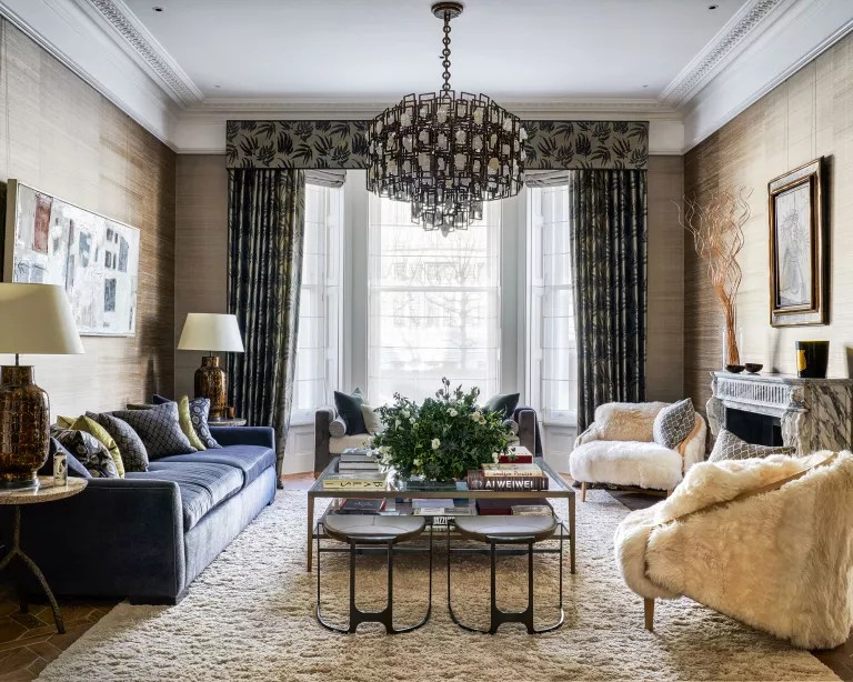 Living room fall decor with brown color scheme